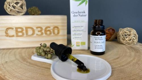 Geschenk der Natur CBD Öl Farbe
