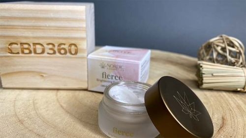 Nordic Cosmetics CBD Augencreme Farbe