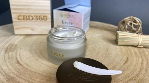 Nordic Cosmetic CBD Anti-Aging Creme Brave Farbe